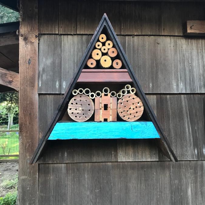How to make a mason bee house